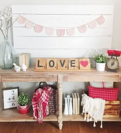 Cute Valentine Decoration For Your Living Room 22