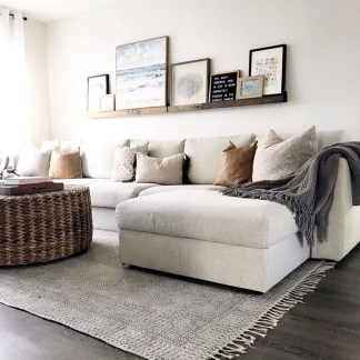 Inspiring Furniture Color Ideas For Your Living Room 12
