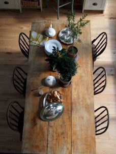 Perfect Farmhouse Dining Table Design Ideas 17