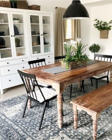 Perfect Farmhouse Dining Table Design Ideas 33