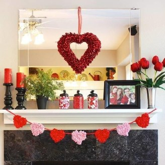 Romantic Valentine Home Decoration Ideas To Warm Your Relationship 03