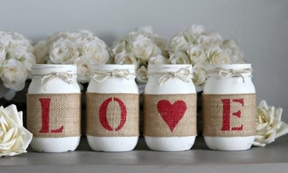 Romantic Valentine Home Decoration Ideas To Warm Your Relationship 06