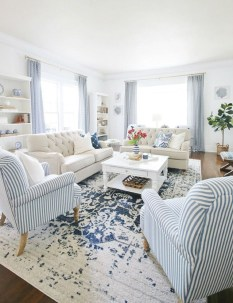 Stunning Coastal Living Room Decoration Ideas 04