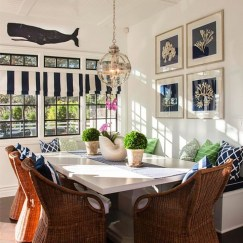 Stunning Coastal Living Room Decoration Ideas 09