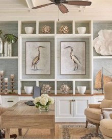 Stunning Coastal Living Room Decoration Ideas 18