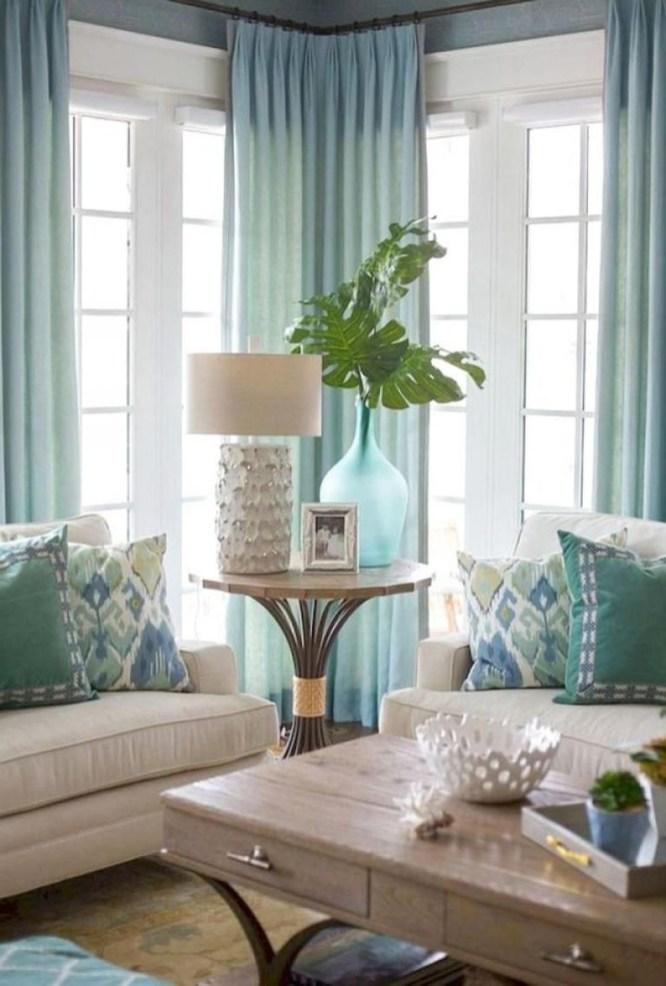 Stunning Coastal Living Room Decoration Ideas 21