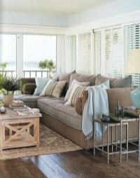 Stunning Coastal Living Room Decoration Ideas 28