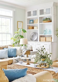 Stunning Coastal Living Room Decoration Ideas 34