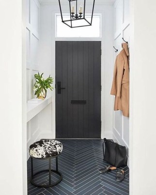 Stunning Modern Entryway Design Ideas 11