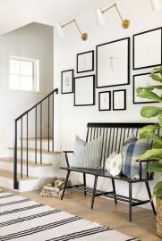 Stunning Modern Entryway Design Ideas 15