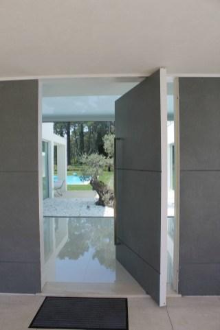Stunning Modern Entryway Design Ideas 18