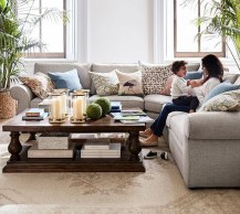 Stunning Spring Living Room Decor Ideas To Refresh Your Mind 42