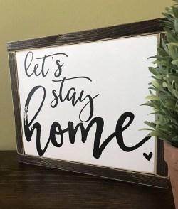 Stylish Valentines Day Home Decor Ideas 22