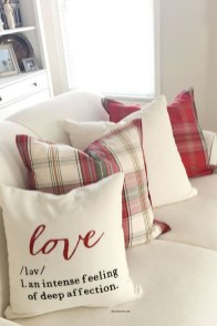 Stylish Valentines Day Home Decor Ideas 23