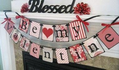 Stylish Valentines Day Home Decor Ideas 33