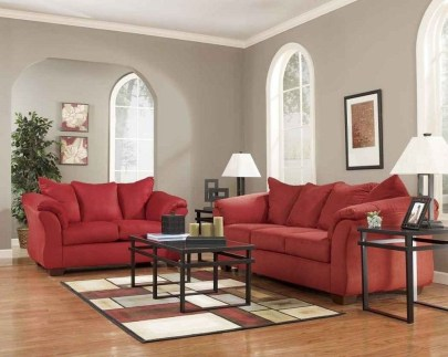 Sweet Living Room Decor Ideas With Red Color For Valentines Day 17