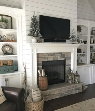 The Best Mantel Decoration Ideas 18
