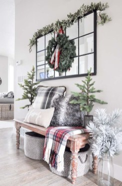 The Best Winter Entryway Decor Ideas 18
