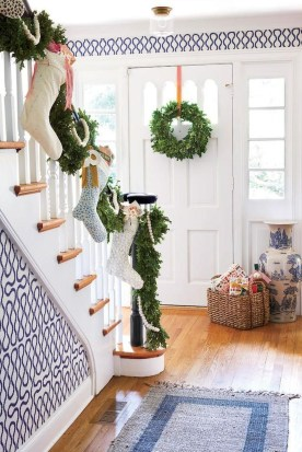 The Best Winter Entryway Decor Ideas 25
