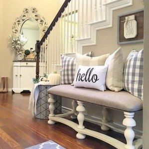 The Best Winter Entryway Decor Ideas 28