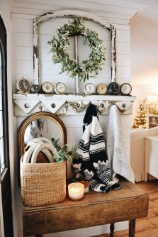 The Best Winter Entryway Decor Ideas 36