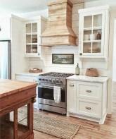 Totally Inspiring Farmhouse Kitchen Design Ideas 23