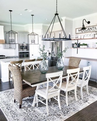 Totally Inspiring Farmhouse Kitchen Design Ideas 24