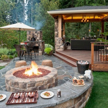 Unique And Beautiful Backyard Decoration Ideas 25