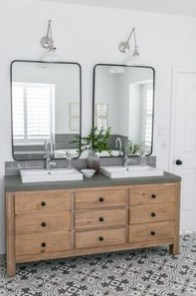 Beautiful Bathroom Mirror Design Ideas 31