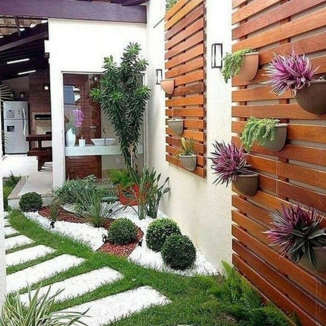 Popular Small Backyard Patio Design Ideas 28