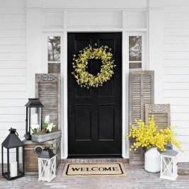 Stunning Spring Front Porch Decoration Ideas 03