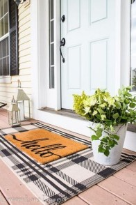 Stunning Spring Front Porch Decoration Ideas 11