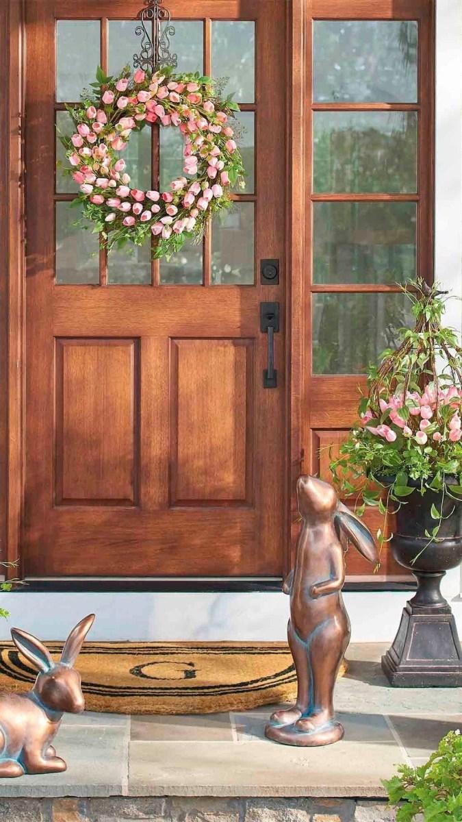 Stunning Spring Front Porch Decoration Ideas 31