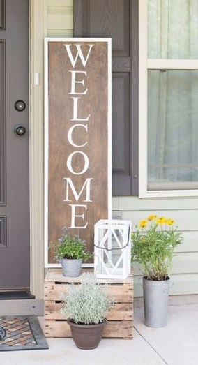 Stunning Spring Front Porch Decoration Ideas 45