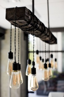 The Best Farmhouse Lights Design Ideas To Get A Vintage Impression 24