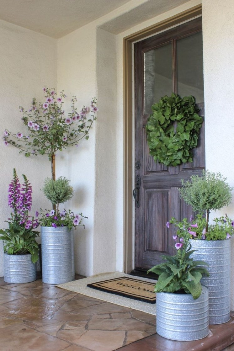 Best Easter Front Porch Decor Ideas 04