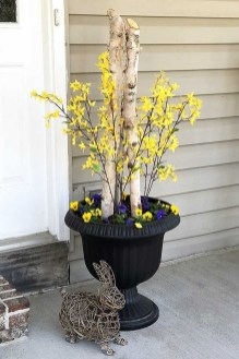 Best Easter Front Porch Decor Ideas 23