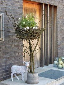 Best Easter Front Porch Decor Ideas 33