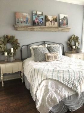 Elegant Farmhouse Bedroom Decor Ideas 22