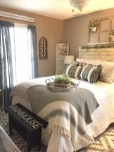 Elegant Farmhouse Bedroom Decor Ideas 49