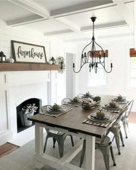 Luxury Modern Farmhouse Decoration Ideas 42