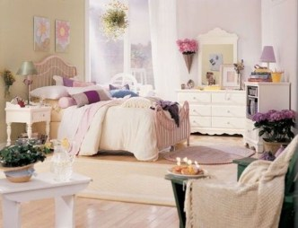 Perfect Spring Bedroom Decorating Ideas 03