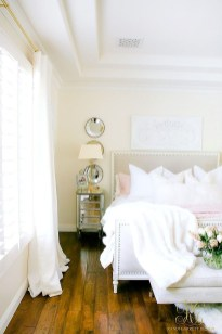 Perfect Spring Bedroom Decorating Ideas 10