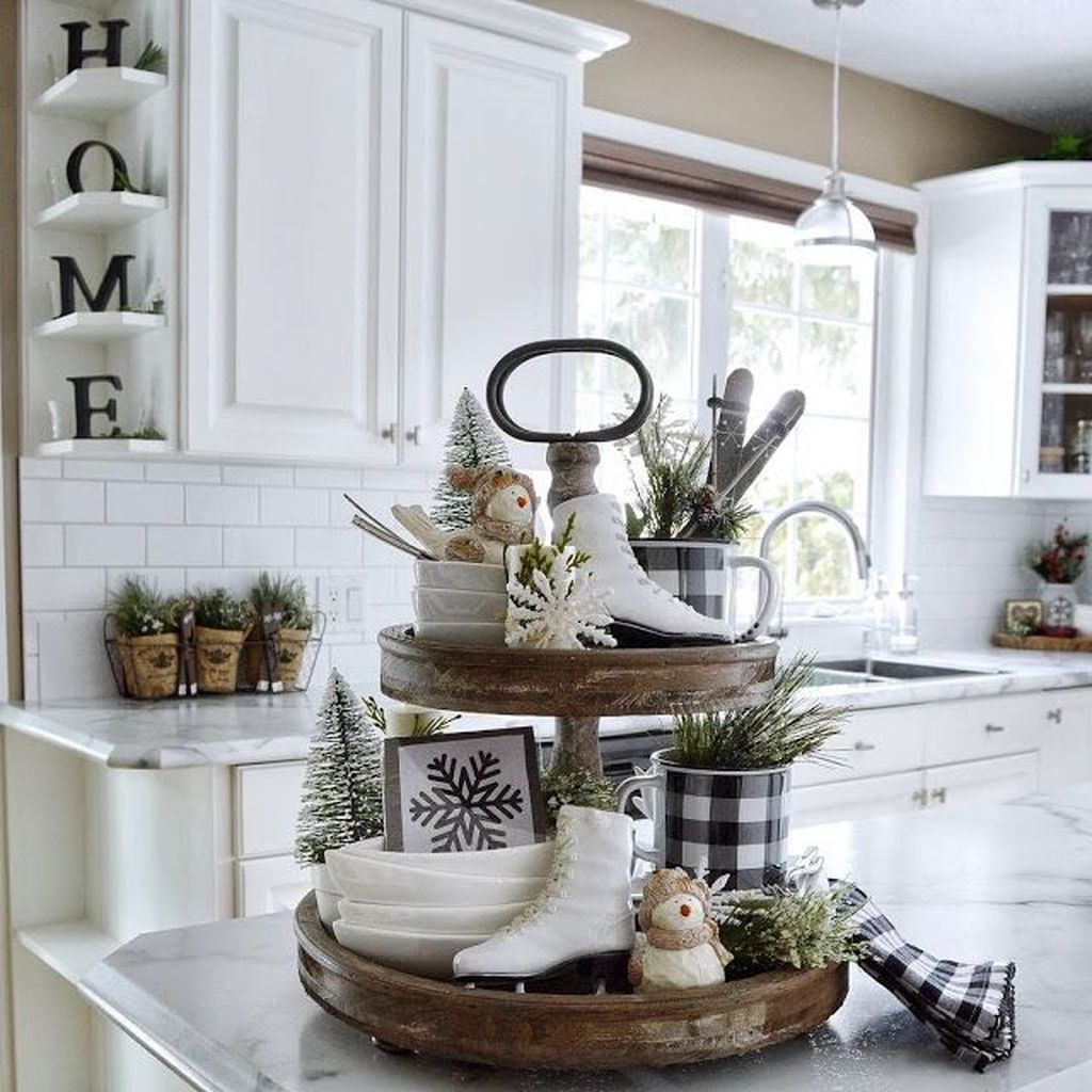 Inspiring Winter Kitchen Decor Ideas You Can Try 07