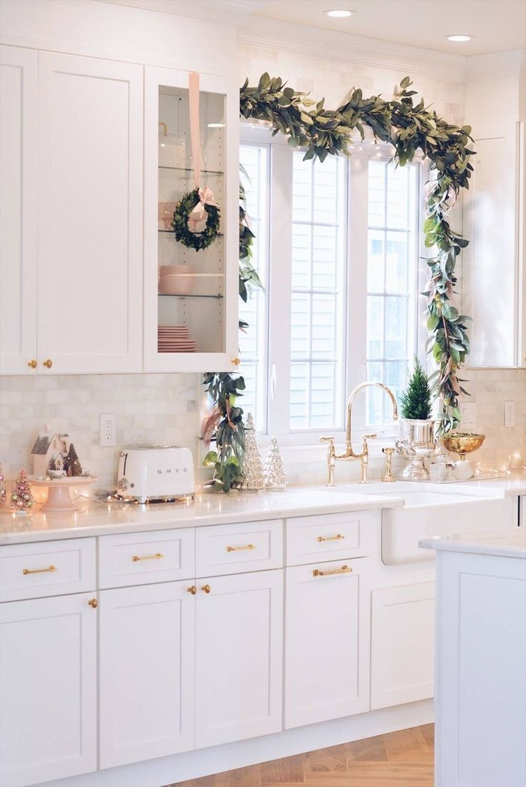 Inspiring Winter Kitchen Decor Ideas You Can Try 14