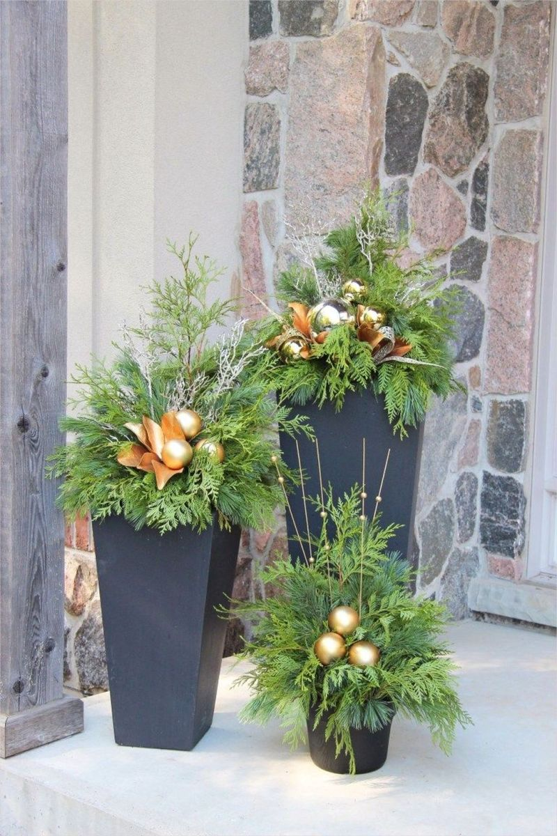 Popular Outdoor Decor Ideas For This Winter 02