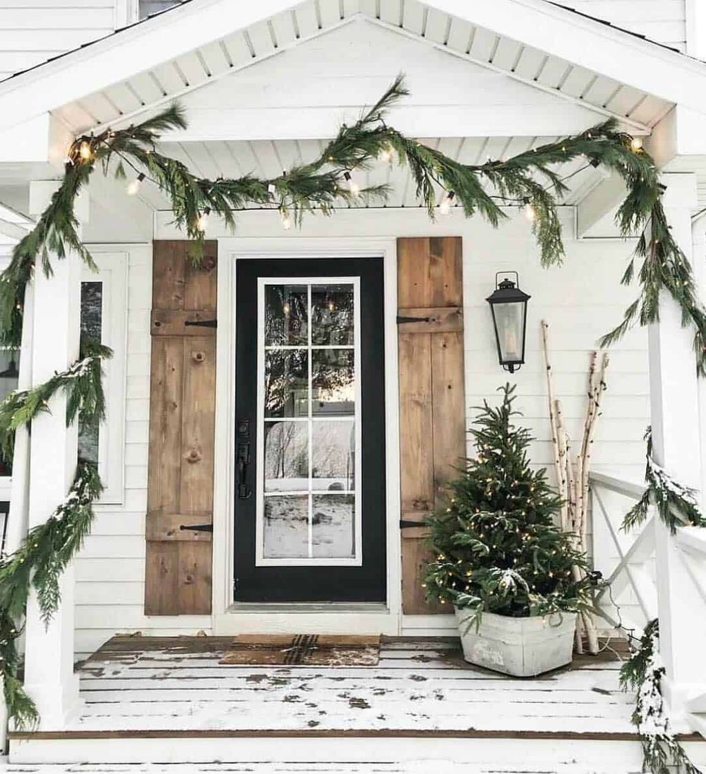 Popular Outdoor Decor Ideas For This Winter 23