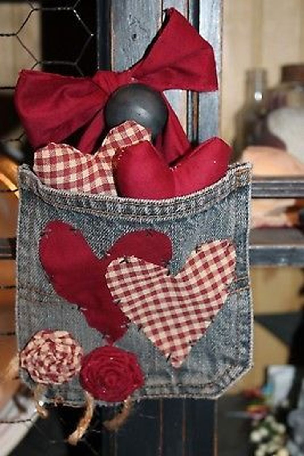Inspiring Valentine Crafts Ideas For Your Home Decor 12
