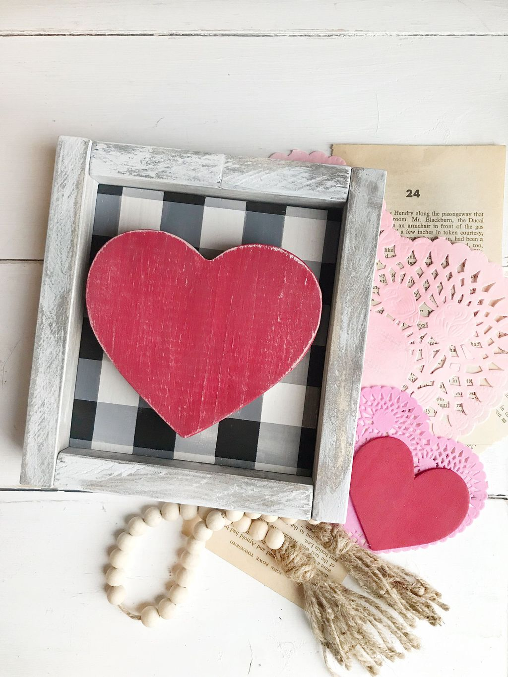 Inspiring Valentine Crafts Ideas For Your Home Decor 43
