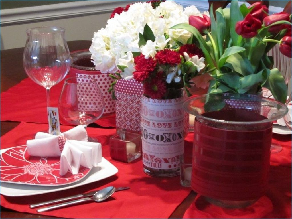 Stunning Valentine Table Centerpiece Ideas 35
